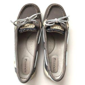 Sperry Angelfish Boat Shoe in gray sequin Sz 5.5